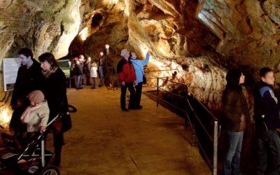 Visite des Grottes d'Azé
