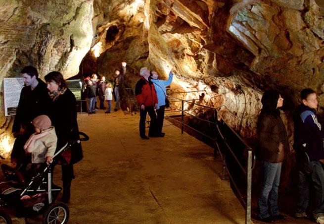 grotte aze prehistoire
